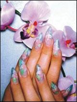 Ирина - Наращивание ногтей, роспись мобильных телефонов